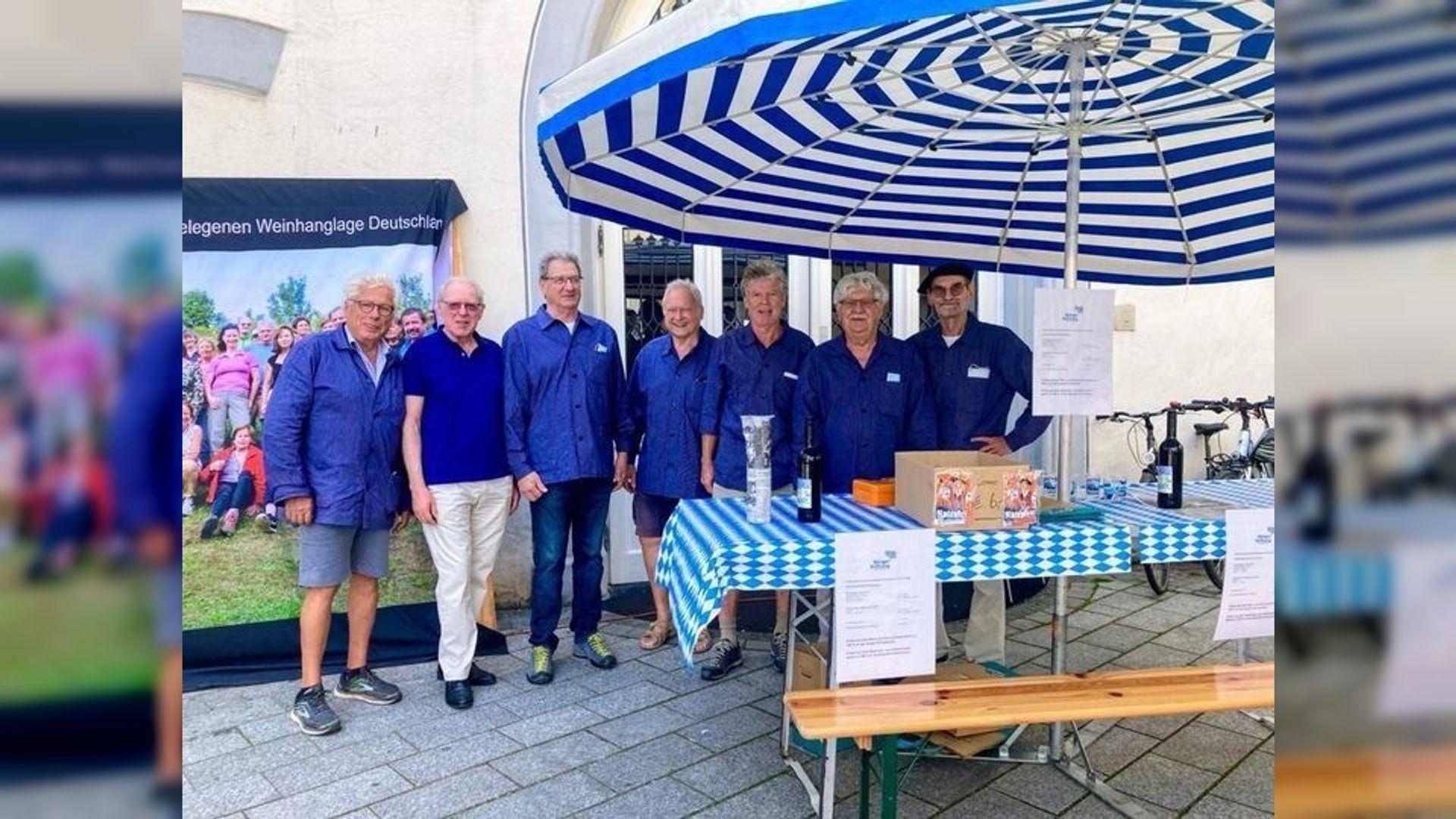 Weinverkauf auf dem Ravensburger Wochenmarkt